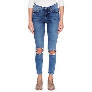FREE PEOPLE High Rise Busted Knee Skinny Size 24